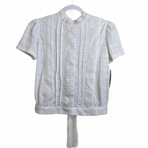 hP] WHITE LACE OVERLAY SHORT SLEEVE TOP